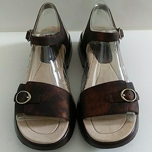 NEW DANSKO BROWN LEATHER SANDALS SIZE 38 US 7.5-8